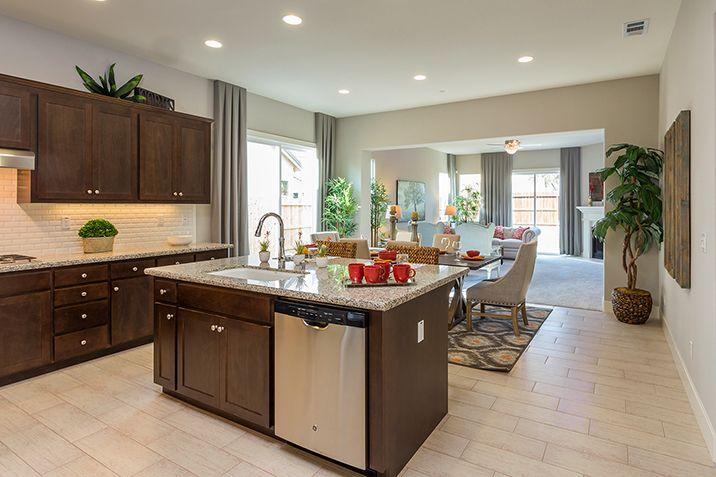 Single Family for Sale at The Santa Cruz 1715 Cobblefield Lane Los Banos, California 93635 United States