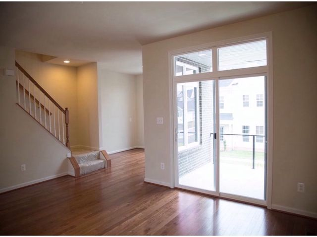 Additional photo for property listing at 1128797-Preserve At Goose Creek  Ashburn, Virginia 20148 United States
