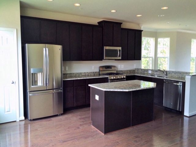 Single Family for Sale at 1124306-Oakview Village Glen Burnie, Maryland 21061 United States