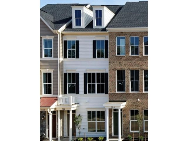 Single Family for Sale at 1126601-Oakview Village Glen Burnie, Maryland 21061 United States