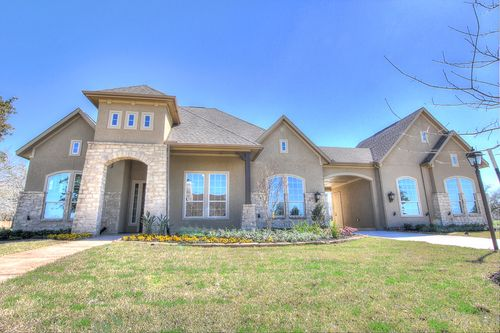 Bentwater by Coventry Homes in Houston Texas