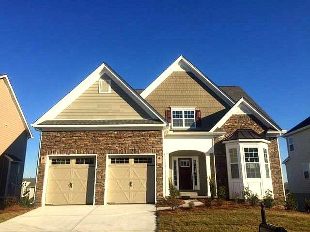 5021  El Molino Drive, Mountain Island Lake, NC Homes & Land - Real Estate
