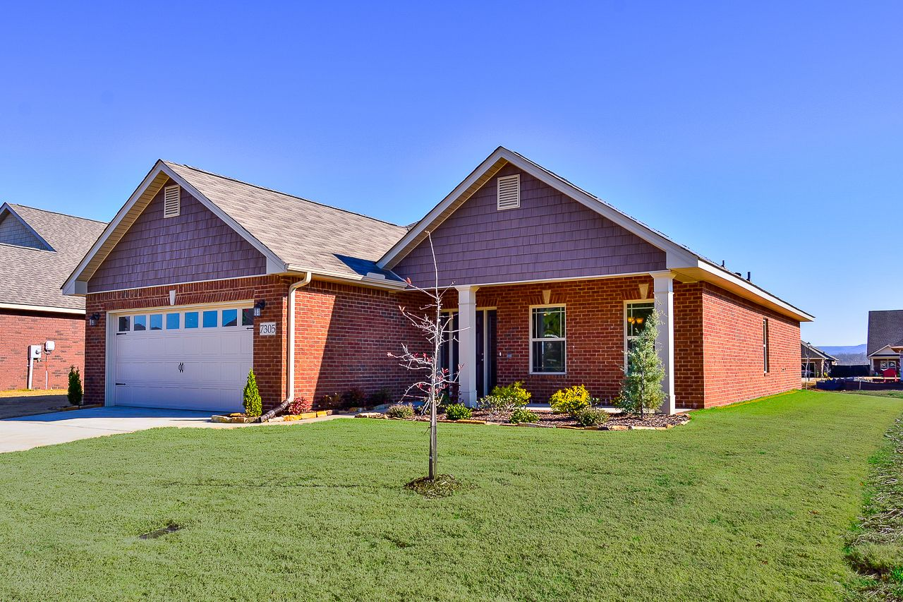 Real Estate at 7305 Vidette Lane Se, Owens Cross Roads in Madison County, AL 35763