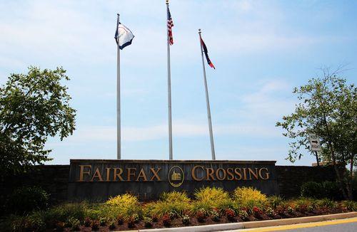 Fairfax Crossing by Dan Ryan Builders in Washington District of Columbia