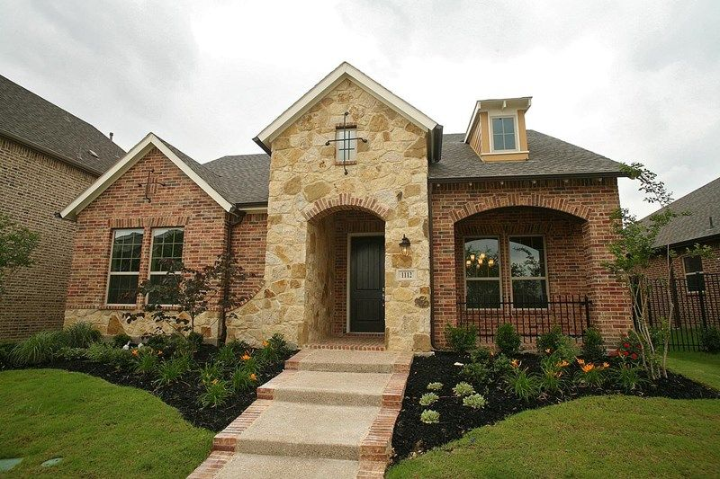 Delaney - Viridian Executive: Arlington, TX - David Weekley Homes