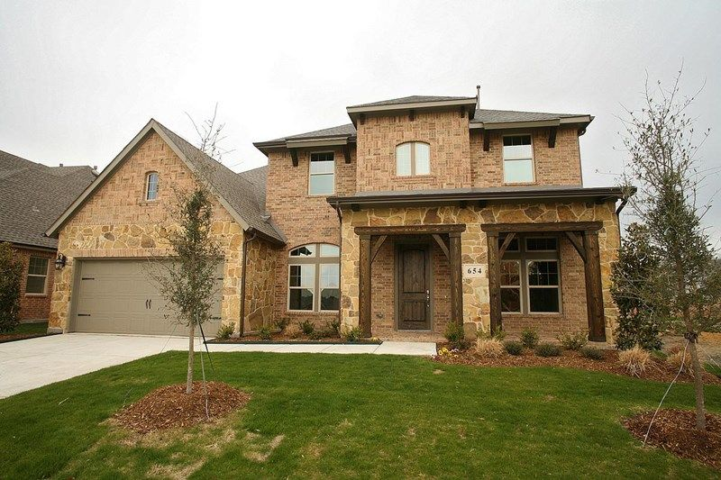 Grayford - Hawthorne Estates: Flower Mound, TX - David Weekley Homes