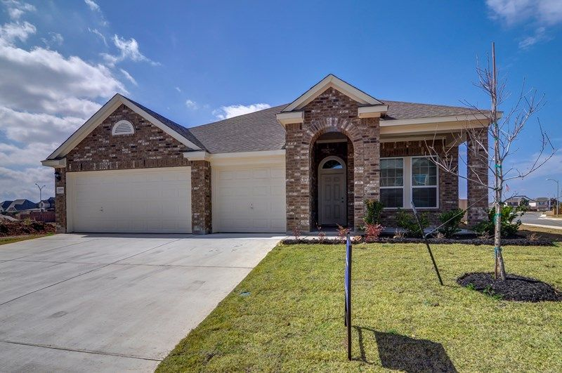Hennessey - Weston Oaks 55'- The Trails: San Antonio, TX - David Weekley Homes