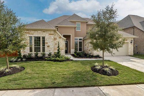 Towne Lake 70' Homesites by David Weekley Homes in Houston Texas