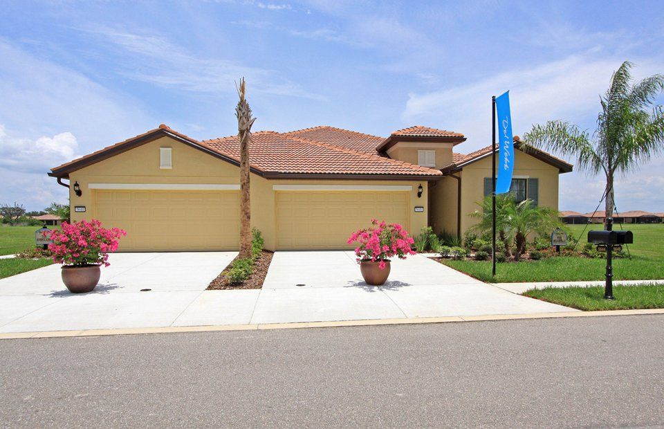 The Everglades - Del Webb Southshore Falls: Apollo Beach, FL - Del Webb