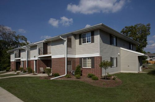 Ashbury Woods by Fiduciary Real Estate Dvlp. in Milwaukee-Waukesha Wisconsin