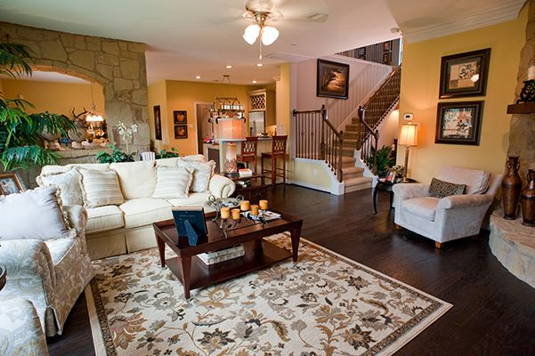 Magnolia - Family Room