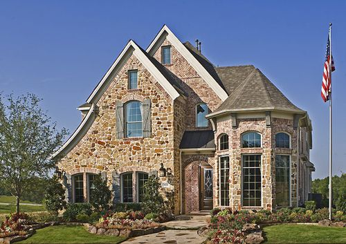 Northglen by Grand Homes in Dallas Texas