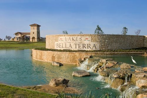 Lakes of Bella Terra by Homes by David Powers in Austin Texas