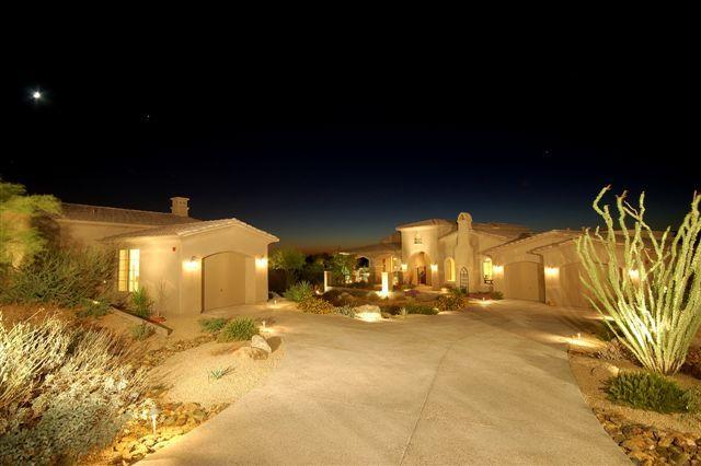 1095 E. Indian School Rd. Phoenix AZ 85028