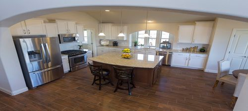 Summer Pointe by Pacesetter Homes in Austin Texas