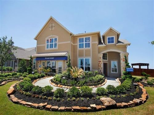 The Woodlands - Hamlin Lakes Concerto by Ryland Homes in Houston Texas