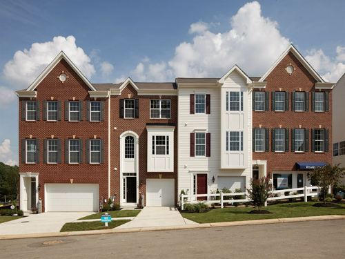 Hilltop at Holly Woods 1 Car Garage Townhomes by Ryland Homes in Baltimore Maryland