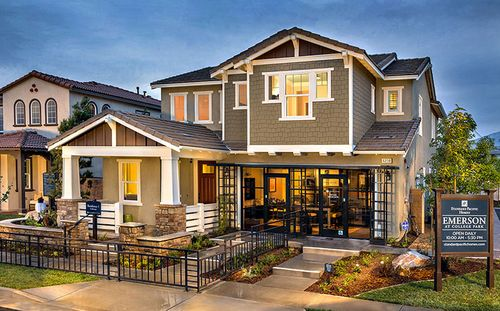 Emerson At College Park by Standard Pacific Homes in Orange County California