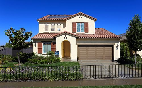 Sagewood at Blackstone by Standard Pacific Homes in Sacramento California