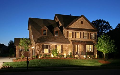 Weddington Trace Estate Collection by Standard Pacific Homes in Charlotte North Carolina