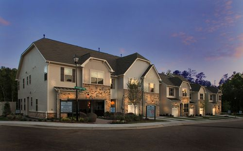 Weatherfield by Standard Pacific Homes in Raleigh-Durham-Chapel Hill North Carolina