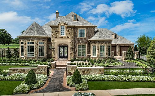 Shady Oaks by Standard Pacific Homes in Fort Worth Texas