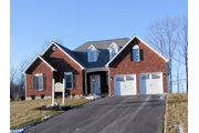 Saranac - Woodsfield Estates: Guilderland, NY - Traditional Builders