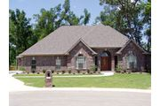 Delacroix 2400 - Majestic Pointe: Maumelle, AR - Woodhaven Homes, Inc.